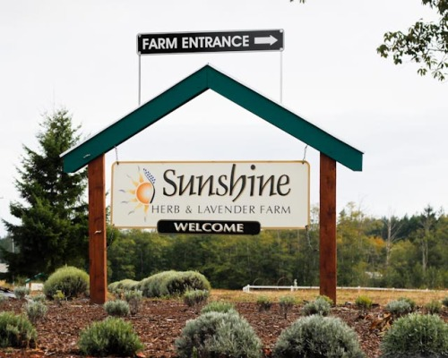 Sign for Sunshine Herb & Lavender Farm