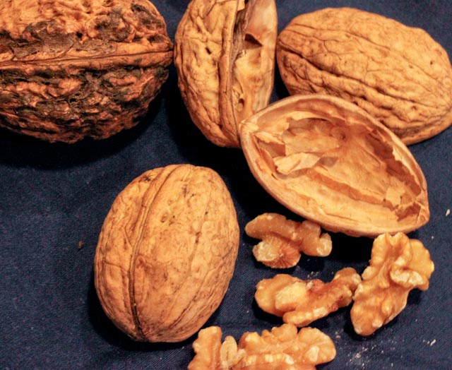 Walnuts : They're all they're cracked up to be and more!